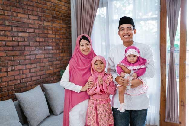 Kiat Meraih Surga Bersama Keluarga (Bagian Terakhir) Mewujudkan Qurrata A'yun pada Anak