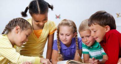 6 Tips Mendidik Anak di Era Digital